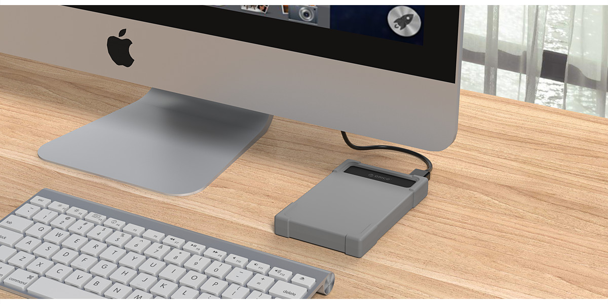 ORICO USB3.0 Hard Drive Adapter with silicone cover looks so beautiful.